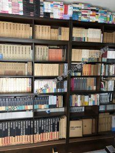 府中市にて署名本・純文学を大量出張買取 書棚2